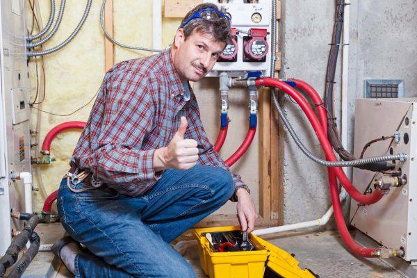 Que fait le plombier à Suresnes ?