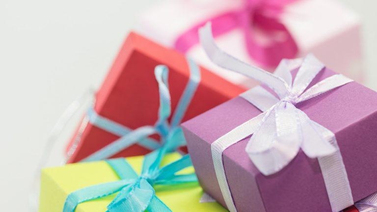 Trouver des présents originaux pour vos proches