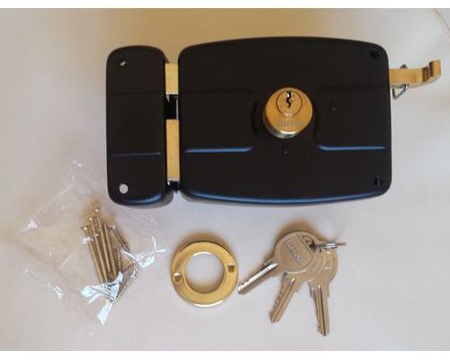Porte blindée et blindage de porte, des solutions pour accroitre votre protection au quotidien